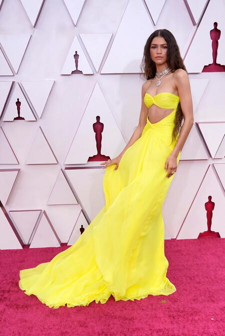 Zendaya Valentino Alta Costura Oscar 2021 03