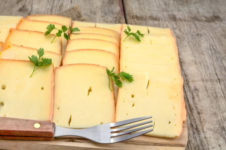 Foto 05 Lonchas De Queso Raclette