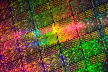 Intel prepara su futuro: 14 y 10 nanómetros para 2013 y 2015