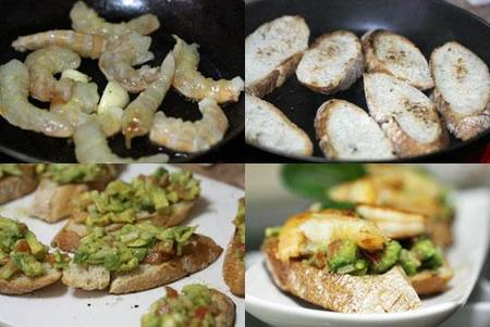 Hacer Bruschetta de guacamole y langostinos al ajillo