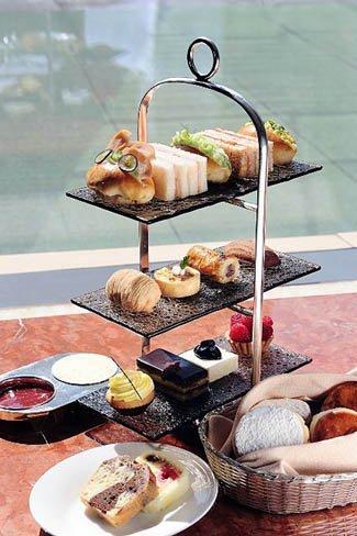 El té de las cinco, en el Hotel Mandarin Oriental de Hong Kong