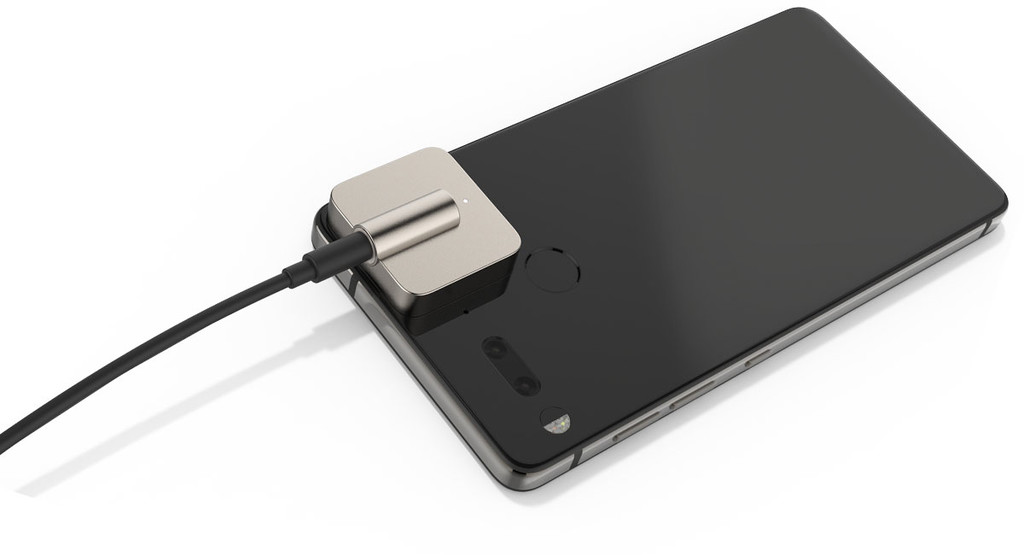 Now yes, the module minijack to the Essential is official and it costs
