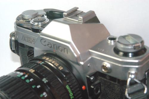 El origen del sonido de la cámara del iPhone se encuentra en esta Canon de hace 40 años