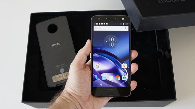 Siete detalles del nuevo Moto Z que nos dan pistas de lo mejor y peor de uno de los smartphones más esperados