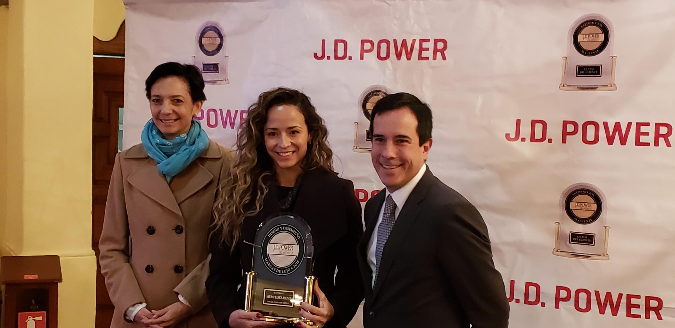 Foto de Estudio de Confiabilidad de J.D. Power 2018 (13/14)