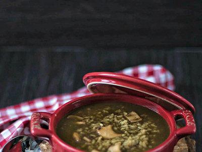 Arroz caldoso con calamares, ternera semiasada con salsa coreana, tiramisú sin huevo y más en el menú semanal del 15 al 21 de mayo