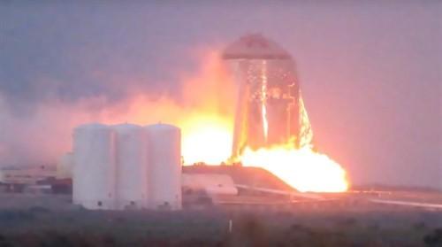Ya podemos ver en vídeo el encendido del cohete con el que Elon Musk nos quiere llevar a Marte