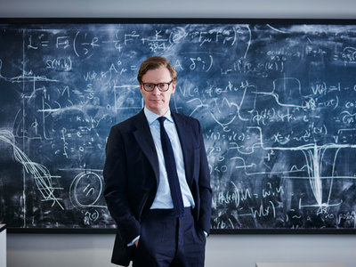 Extorsión, miedo y noticias falsas: así actúan Cambridge Analytica y sus directivos