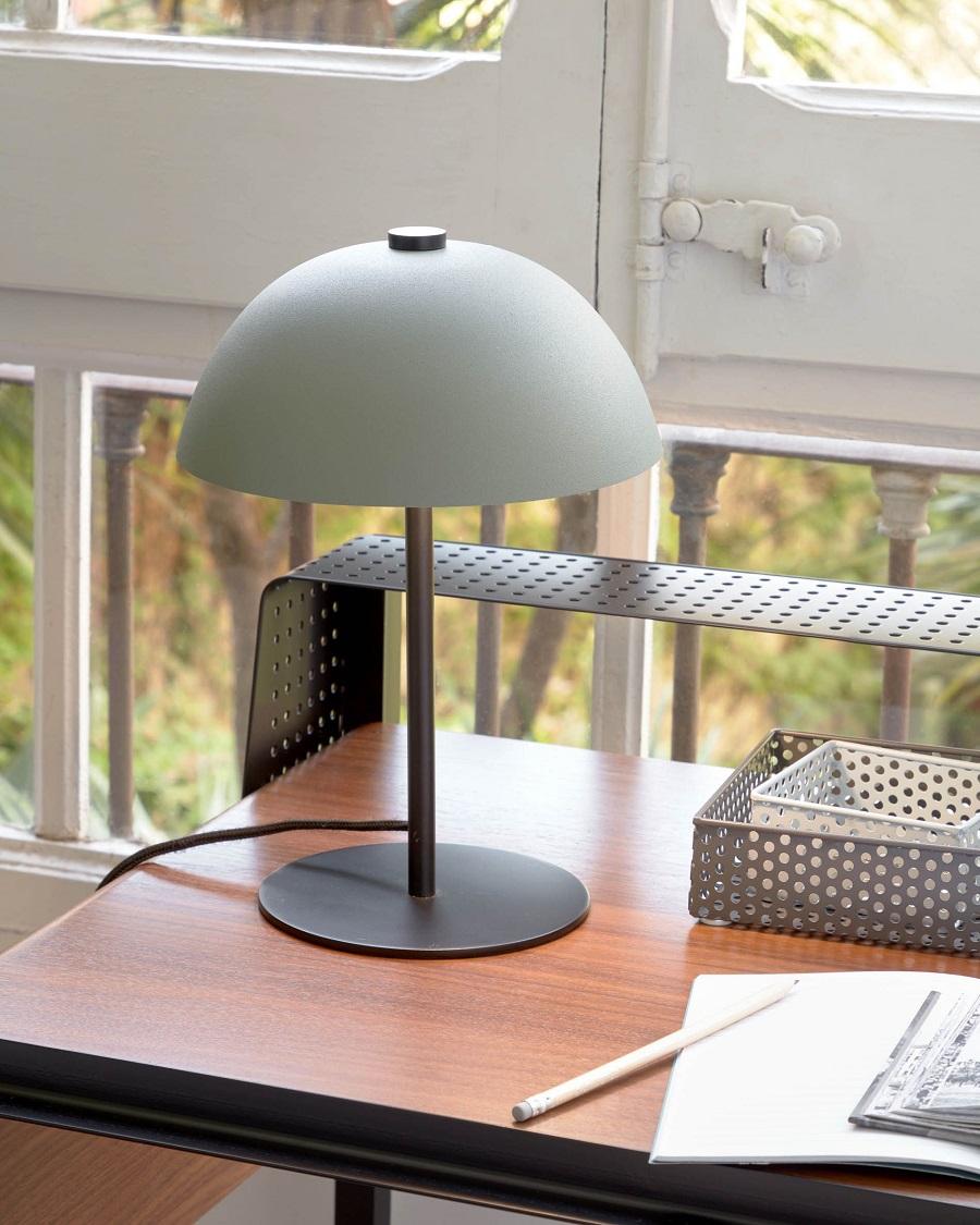 Lámpara de mesa Aleyla
