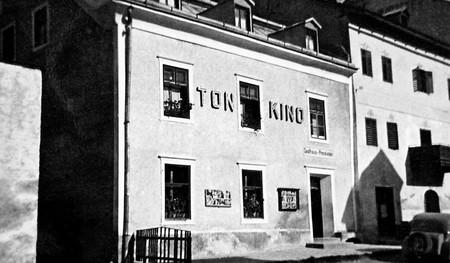 Historie Tonkino Foto Privat