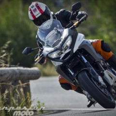 Foto 7 de 23 de la galería honda-vfr800x-crossrunner-accion en Motorpasion Moto