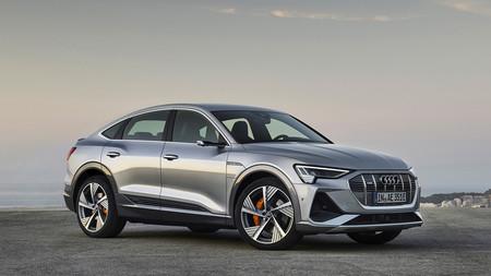 El Audi e-tron Sportback impone respeto entre los EV con 446 km de autonomía y estilo coupé