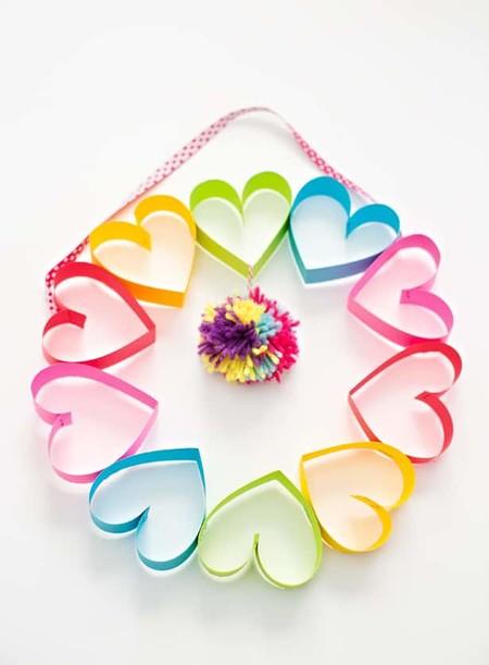 Manualidades San Valentin Corona Colores