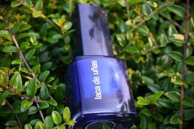 Uñas en azul oscuro, el color de la temporada: probamos el tono nº68 de Deliplus