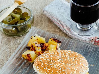 Hamburguesa de cerdo y piña. Receta fácil y deliciosa