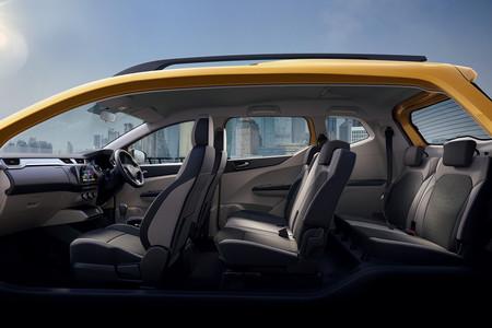 Renault Triber 24