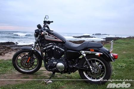 Harley Davidson Sportster XL 883 R, prueba (valoración, ficha técnica y galería)