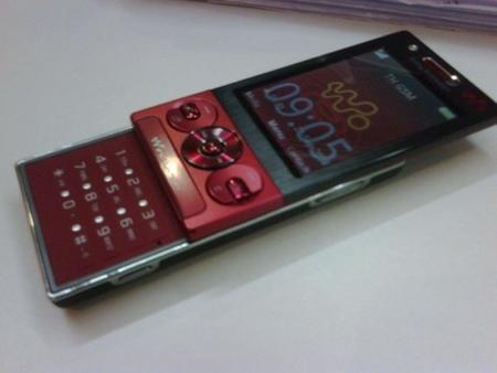 Sony Ericsson W705, para finales de mes