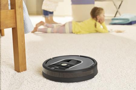 """«La IA permitirá a los robots Roomba """"entender"""" nuestros hogares en no más de diez años», Christian Cerda, COO de iRobot"""