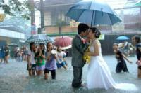 Pedir que no llueva en tu boda es cosa del pasado, lo de hoy es alterar las nubes