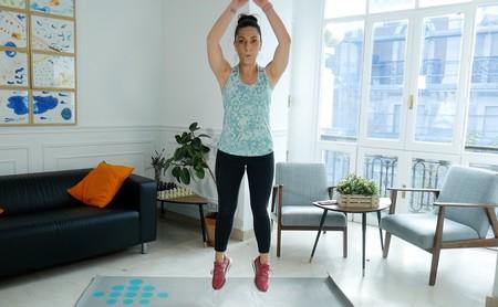 Los ejercicios con tu peso corporal que no pueden faltarte en 2020 para ponerte en forma en tu propia casa, en vídeo