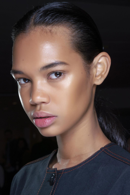 Estas son las mejores bases de maquillaje segun el dispositivo de belleza Trendencias