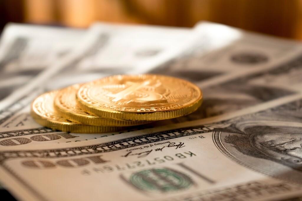 En dólares, sí, pero también en Bitcoin: en Miami estudian pagar salarios y permitir pagar los impuestos con la criptomoneda