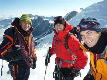 Dani Pedrosa, Marc Coma y Héctor Barberá coronan el Mont Blanc