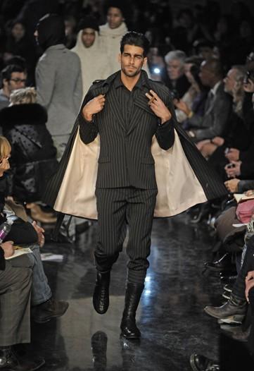 Foto de Jean Paul Gaultier, Otoño-Invierno 2010/2011 en la Semana de la Moda de París (9/14)