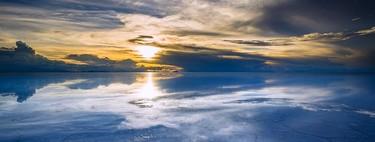 Reflejos en el Salar de Uyuni, en Bolivia