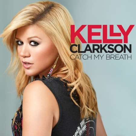 Kelly Clarkson se recopila toda y nos deja escuchar nuevo single