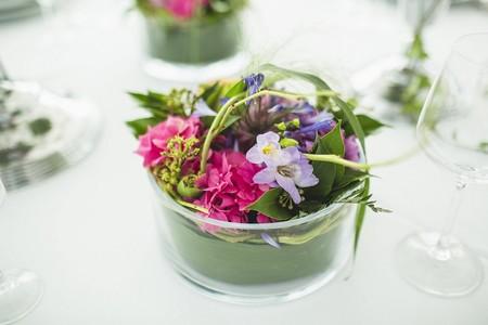 Cómo decorar la mes con flores