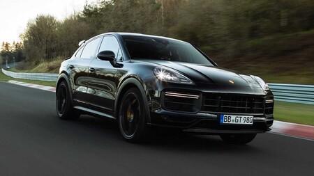 ¡Oye, tranquilo Porsche! El nuevo Cayenne todavía no es presentado y ya se convirtió en el SUV más rápido de Nürburgring