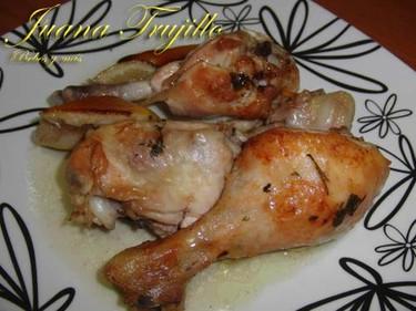 Muslos de pollo asados al limón. Receta para embarazadas