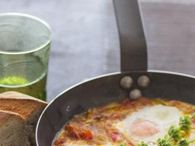 Huevos al plato al estilo vasco-francés. Receta