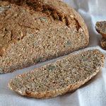 Pan casero integral de centeno y espelta: receta saludable fácil y sin amasar