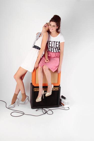 Catálogo Kling Primavera-Verano 2012: los vestidos siguen en los 50 y los 60