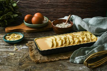 Elaboración de la Tarta De Manzana Y Dulce De Leche