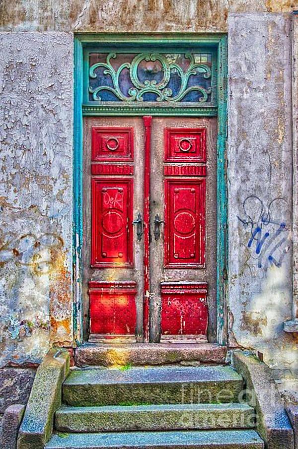 Clasica Puerta Roja 06