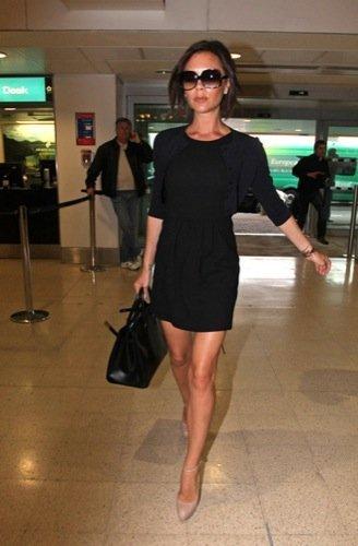 Los looks primaverales de las celebrities por Victoria Beckham