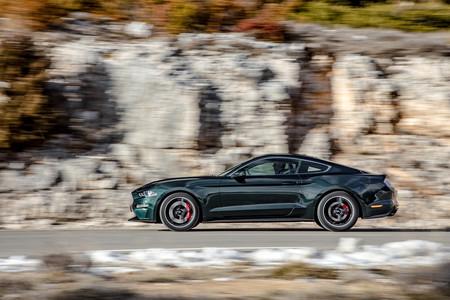 Ford Mustang Bullitt prueba lateral