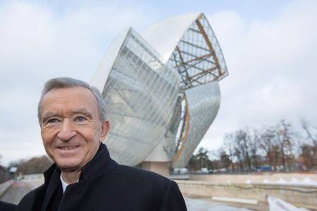 Bernard Arnault coloca la última piedra de la Fondation Louis Vuitton