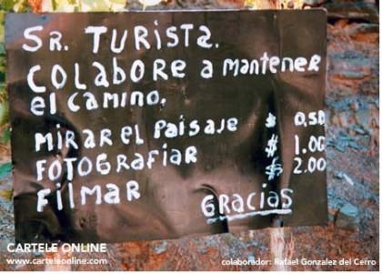 Proyecto Cartele: carteles absurdos por todo el mundo en español