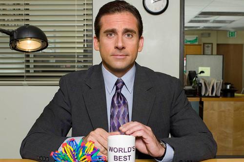 15 años de 'The Office', la serie que se convirtió en un hito de la comedia cuando supo entender a Michael Scott