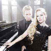 Pues sí que le duran los matrimonios a Avril Lavigne