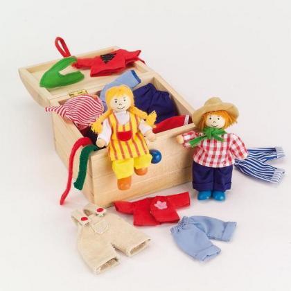 Birte y Ben: muñecos de madera con ropa
