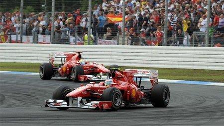 Nelsinho Piquet y Gerhard Berger defienden a Ferrari por favorecer a Fernando Alonso
