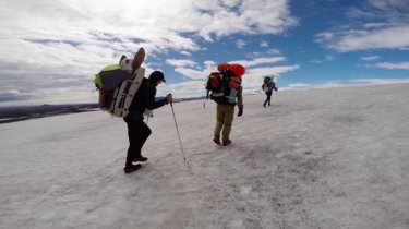 Esta excursión nos muestra en vídeo lo fascinante que puede ser explorar Islandia