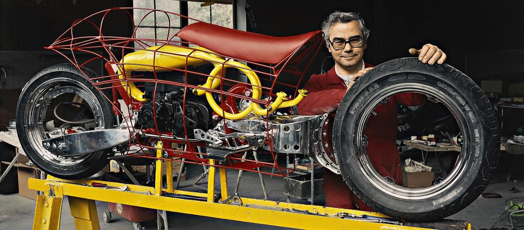 Las mil veces que los fabricantes de coches han buscado reinventar la rueda (y otras cosas más)
