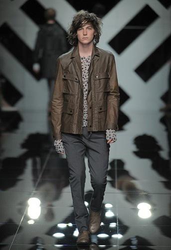 Burberry Prorsum, Primavera-Verano 2010 en la Semana de la Moda de Milán III